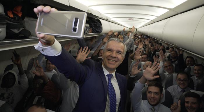 Samsung regala un Galaxy Note 8 a todos los pasajeros de un vuelo de Iberia