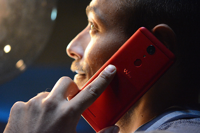 smartphones, wiko, teléfonos móviles, usos, ligoteo, relaciones, jóvenes, apps, smartphones