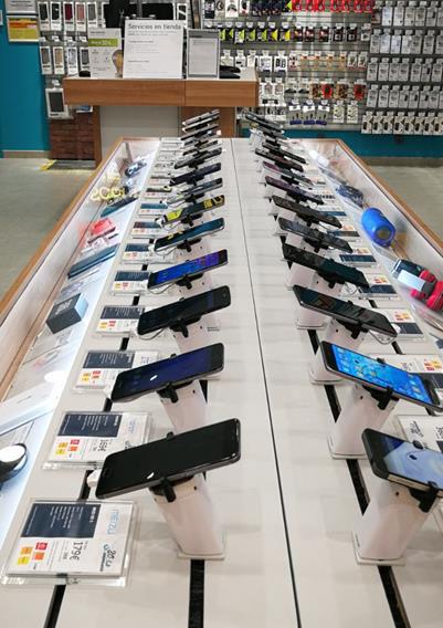Phone House, cadena de telefonía, smartphone, Movistar, Vodafone, Orange, Masmóvil, Jazztel, Centro Comercial Plaza Río2, punto de venta, establecimiento, teléfono, portabilidad