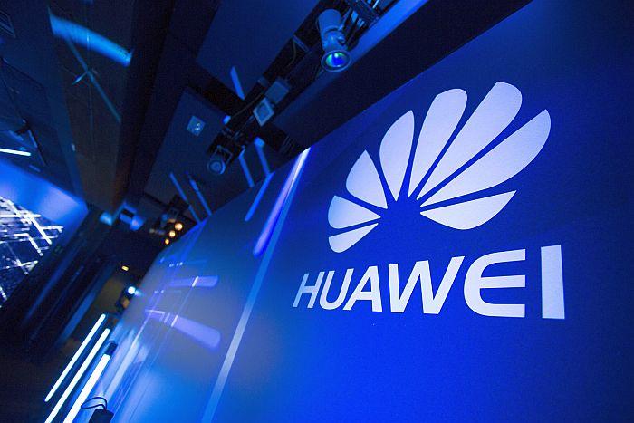 MobiSystemn (productividad móvil) Skoobe (lectura) VizEat (gastronomía social) Goodgame Studios (juegos) Huawei Developer Alliance Huawei Temas Huawei Appstore Inteligencia Artificial chipset Kirin 970 Huawei Consumer Business Group España