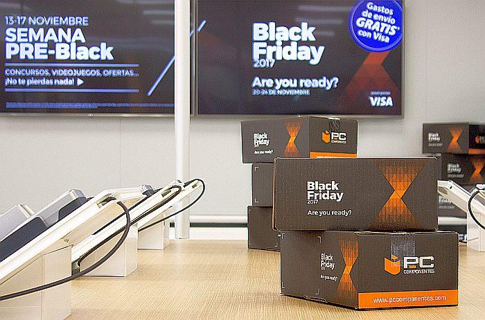 #LaCajaDeLaFelicidad campaña de Navidad PcComponentes Black Week Black Friday gaming componentes periféricos portátiles televisores eCommerce