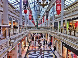retail comercio comercio electrónico eCommerce rebajas navidad VIU Universidad Internacional de Valencia economía recuperación económica crisis Black Friday compras navideñas