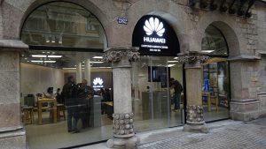 Huawei Customer Service Center, Barcelona, casa de les puntxes, tienda Huawei Barcelona, comprar móvil huawei barcelona