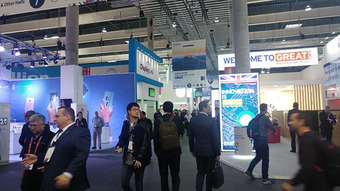 MWC 2018, Mobile World Congress, congreso de telefonía, John Hoffman, teléfonos móviles, inteligencia artificial