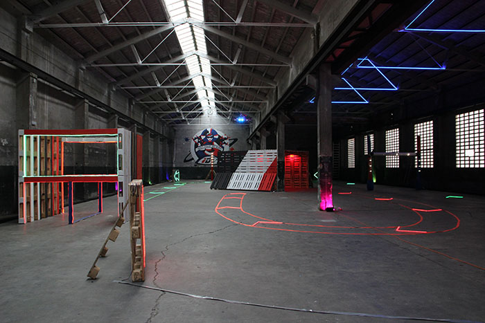 Indrone Park, hospitalet de llobregat, barcelona, volar drones, drones, talleres de drones, piloto de drones, pista indoor