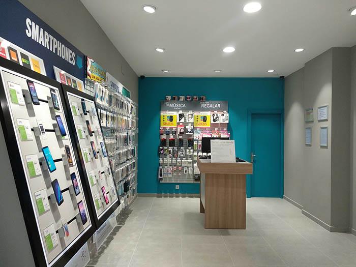 tienda phone house, icod de los vinos, tenerife, tienda de telefonía, smartphone, teléfono móvil, comprar, cabezón de la sal, cantabria
