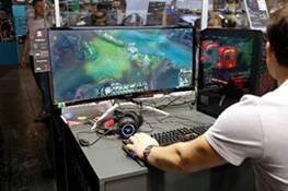 AOC, colonia, Gamescon, monitores gaming