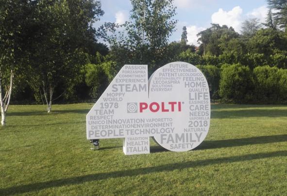 polti, 40 aniversario de polti, rafael roman, aniversario, efemeride, como, italia, vaporella, plancha, electrodomestico francesca polti, electrodomesticos