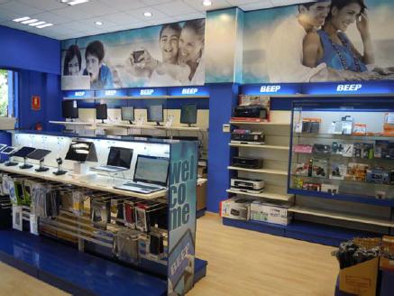 tiendas Beep, tienda de informática, grupo ticnova, apertura, pc, ordenadores, PCBox, la fábrica del cartucho, informática