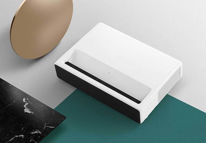 MiBand3, Mi Laser projector 150, proyector, xiaomi, iot, dispositivos conectados