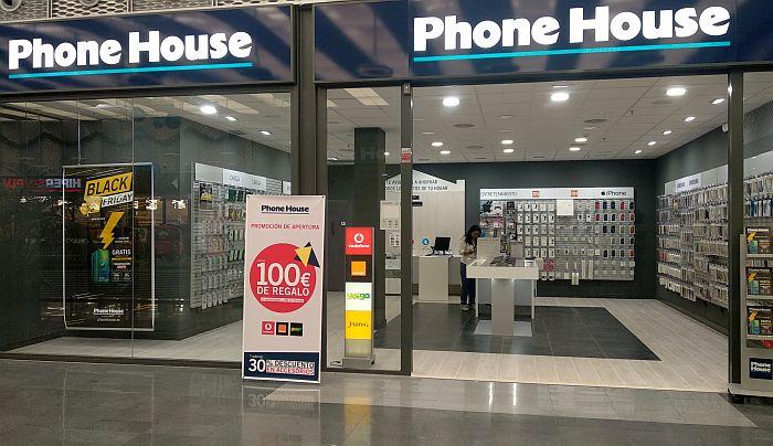 anivestreno, Hábitos de Consumo de Tecnología Conectada, Outlet de móviles, Phone House, Phone House Golmayo, remóvil, servicio de reparaciones de móviles, Smart House), tienda física multioperador, wearable