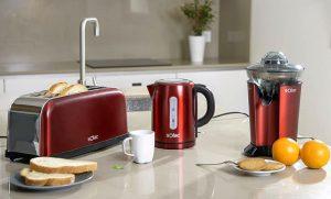 Exprimidor centrífugo EX6158 Stillo Red, Hervidor de agua KT5857 Stillo Red, Kit de desayuno Set Stillo Red, Solac, Tostador TL5415 Stillo Red