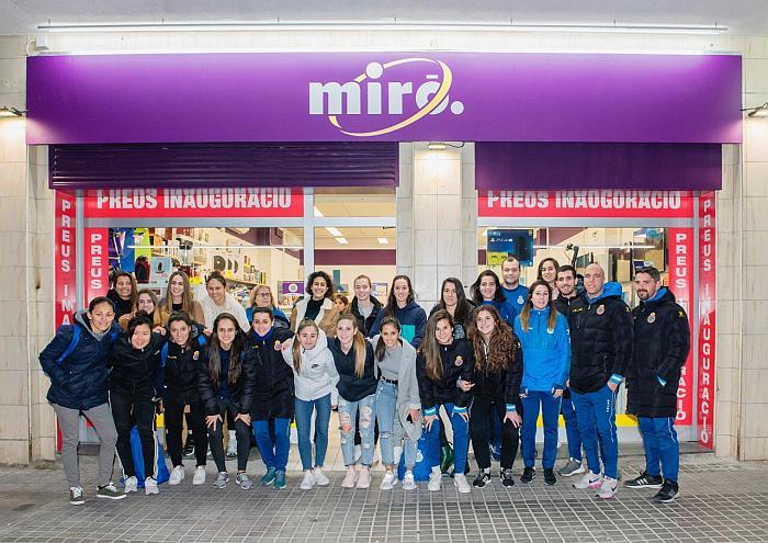 tienda miró calle guipuzcua, tienda de electrodomésticos, miro electrodomestics, cadena miró, barcelona, español, equipo femenino, mateo buzzi