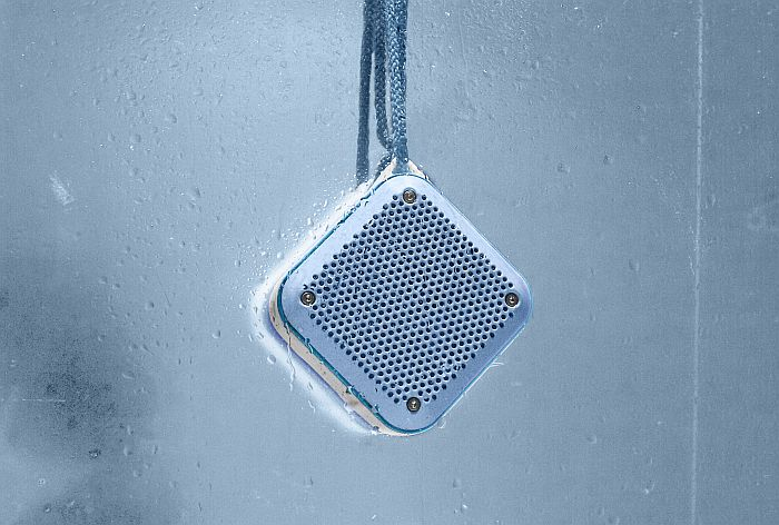 bluetooth 4.2, Energy Sistem, entrada de audio Jack 3, MicroSD, microUSB, Outdoor Box Shower, radio FM, reproductor MP3, True Wireless Stereo
