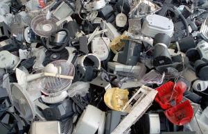 ADEN, AEE (Residuos de Aparatos Eléctricos y Electrónicos), Asociación Nacional de Empresas Distribuidoras de Electrodomésticos, Ecolec, Ecolec y ADEN, normativa sobre RAEE, servicio de recogida y posterior reciclado y valorización