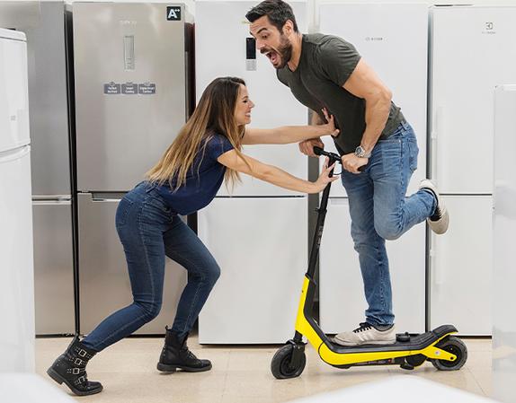 Miró, RACC, seguro patinete, patinete electrico, movilidad, racc scot, patinete eléctrico, mercado, tiendas de electrodomésticos, matteo buzzi