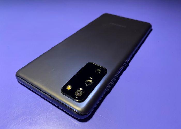 Samsung Galaxy S20 FE Cámara