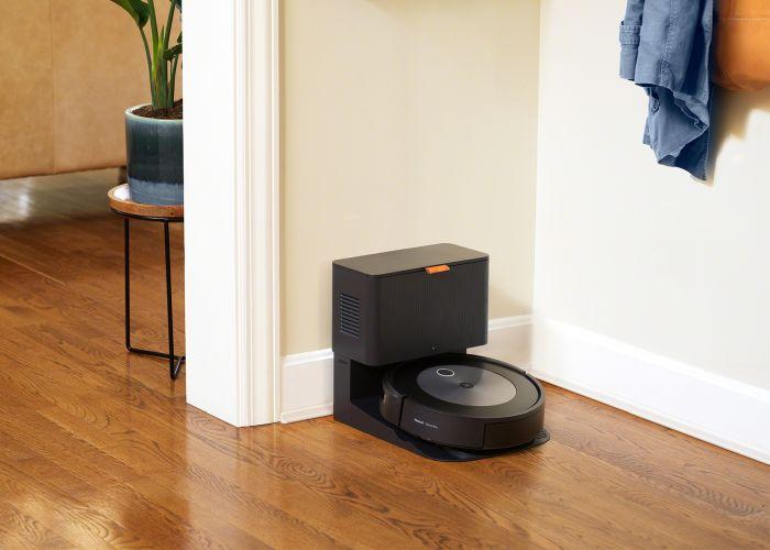 Roomba j7+ Lifestyle
